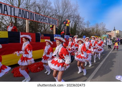 Germany , 02.11.2018 , Cottbus ,  Sparkling-marriages dance at the carnival procession