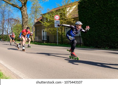 Germany, 22.04.2018, Spreewald village castle, a small group of skaters at the half marathon