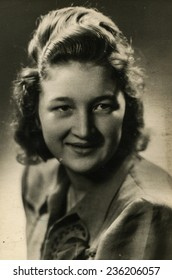 GERMANY, CIRCA 1940s: Vintage photo of woman
