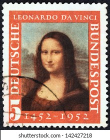 GERMANY - CIRCA 1952: A stamp printed in Germany issued for the 500th birth anniversary of Leonardo da Vinci shows Mona Lisa, circa 1952.