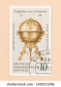 GERMANY - CIRCA 1972: A stamp printed in Germany shows a golden globe, circa 1972