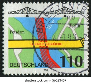 GERMANY - CIRCA 1998: stamp printed in Germany, shows map and bridge, circa 1998.