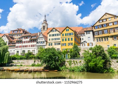 Germany, Colourful old town of Tuebingen behind many punt boats