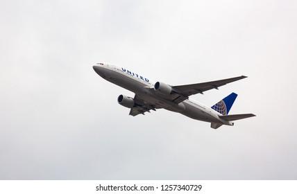 GERMANY, FRANKFURT - SEPTEMBER 05, 2015: Boeing 777-222, N778UA of United Airlines flies in the sky
