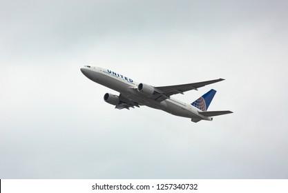 GERMANY, FRANKFURT - SEPTEMBER 05, 2015: Boeing 777-222, N769UA of United Airlines flies in the sky