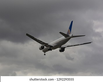 GERMANY, FRANKFURT - SEPTEMBER 06, 2015: Boeing 777-222(ER), N221UA of United Airlines landing approach at Frankfurt Airport