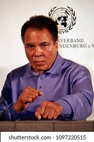 Germany, Hamburg 16.05.2006 Cassius Clay / Muhammed Ali at a Press conference in Hamburg