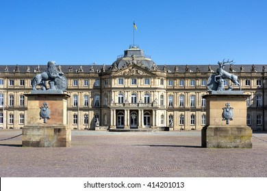 Germany, Stuttgart, Schlossplatz (Castle Square): Main entrance of the famous New Castle (Neues Schloss) with sculptures in the center of the Baden-Wuerttemberg capital and blue sky in the background.