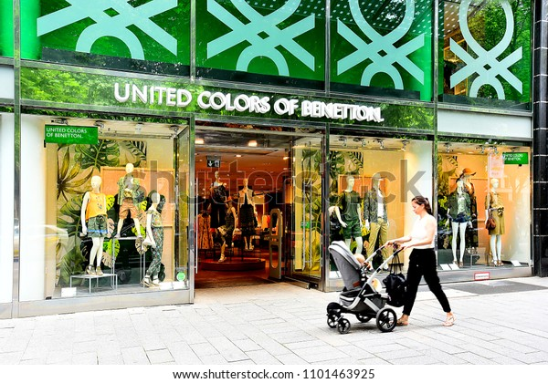 escándalo Marcha mala Absay  Germanymay 252018united Colors Benetton Fashion Storebenetton Stock Photo  (Edit Now) 1101463925