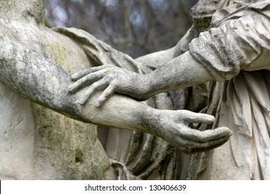 gesture, movement of solidarity, antique statues