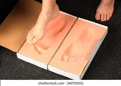 getting a footprint in foam for orthotics measurment