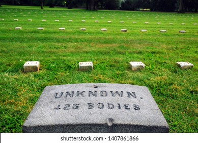 Gettysburg, PA, USA August 11, 2009 Hundreds of unidentified bodies lay in a mass graveyard, killed in action in Gettysburg, Pennsylvania, during the American Civil War