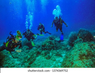 Ghar Lapsi,Malta. 09/26/2018. Injured French military learn to dive as part of their therapy.