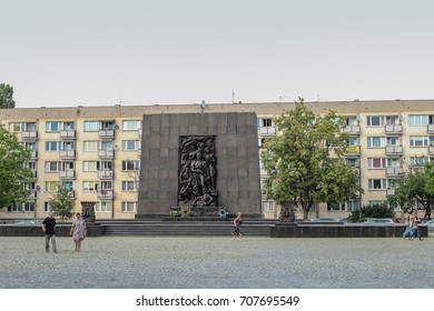 Ghetto Heroes Monument commemorating the Jewish Getto Uprising, of 1943, Warsaw, Poland, 2016 June 30