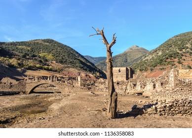 Ghost town of Mansilla de la Sierra, La Rioja, Spain