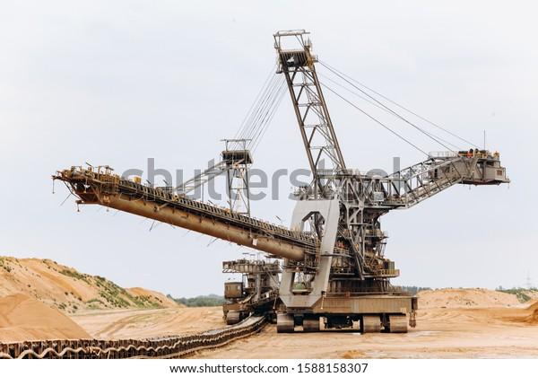 Giant Bucket Wheel Excavator Biggest Excavator Stock Photo Edit Now 1588158307