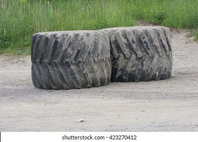 Giant Machinery Rubber Tires