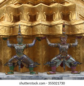 giant in temple of the emerald buddha