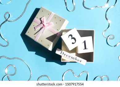 Gift box with cubes with the date of the new year.