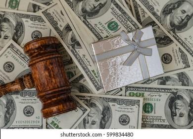 gift box money