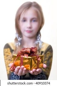 gift in the hands of girls