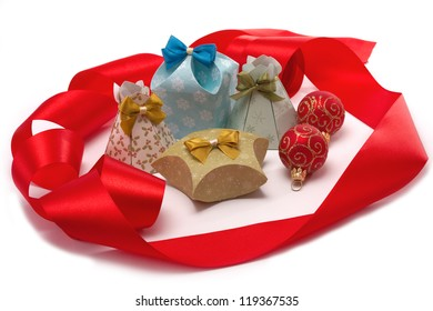 Gifts to Christmas. Boxes on a white background.