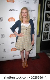 """Gillian Jacobs at the """"Breaking Upwards"""" L.A. Premiere, Silent Movie Theater, Los Angeles, CA. 04-08-10"""