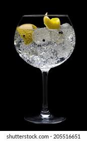 Gin tonic black background