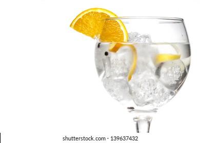 Gin-tonischer Cocktail