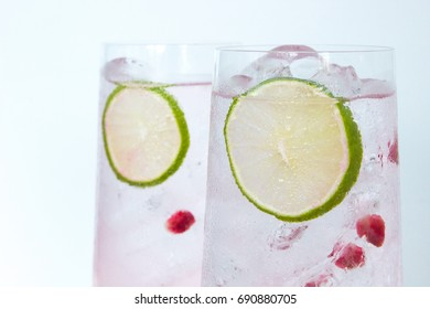 Gin Tonic Pomegranate and Lime