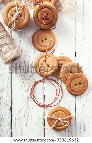 Gingerbread buttons traditional christmas cookies
