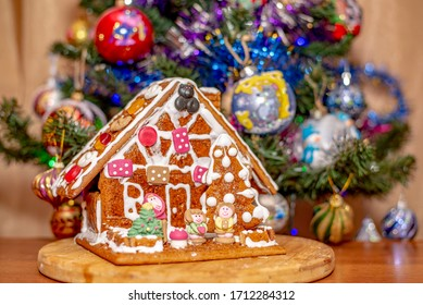 gingerbread house on Christmas days
