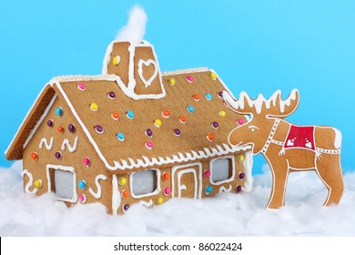 Gingerbread house with reindeer