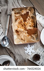 Gingerbread ice cream for Christmas