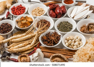 ginseng and Chinese medicine and dishes prepared with medicinal herbs