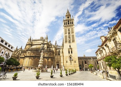 The Giralda and the Cathedral of Sevilla in Sevilla, Andalusia, Spain