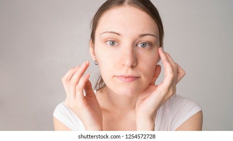 girl with acne skin care
