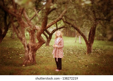 girl in the apple orchard