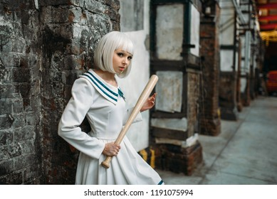 girl with baseball bat, lolita