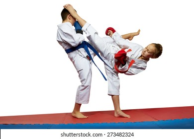 Girl beats boy kicked in the head