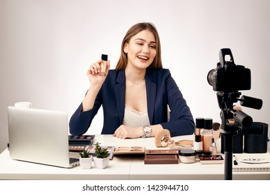 girl blogger shoots video in the studio how to do makeup