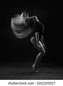A girl in a body does hair flapping
