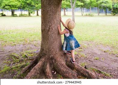 Girl to climb a tree