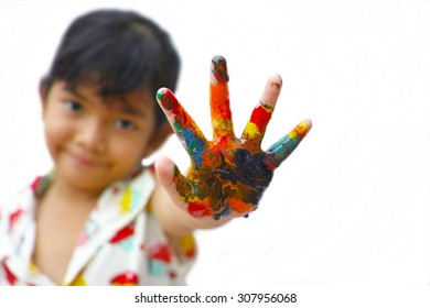 girl with color hand