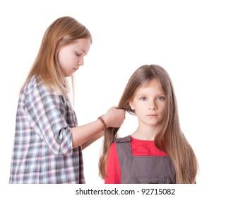 A girl do sisters long hair/sisters/morning