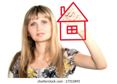 girl drawing a house