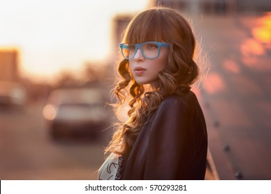 the girl with the glasses, University, study
