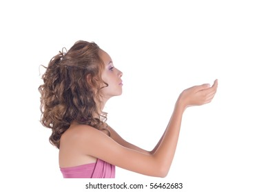 The girl looks at the hands, focusing on eyes