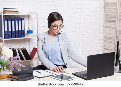 the girl in the Office call center operator