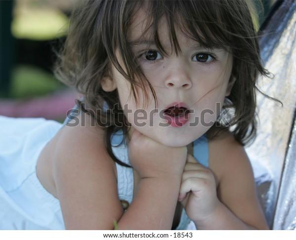 girl outdoor posing